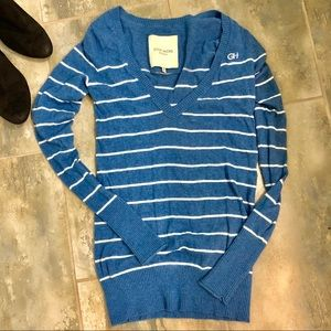 🤗3 for $30 Striped Vneck sweater tunic